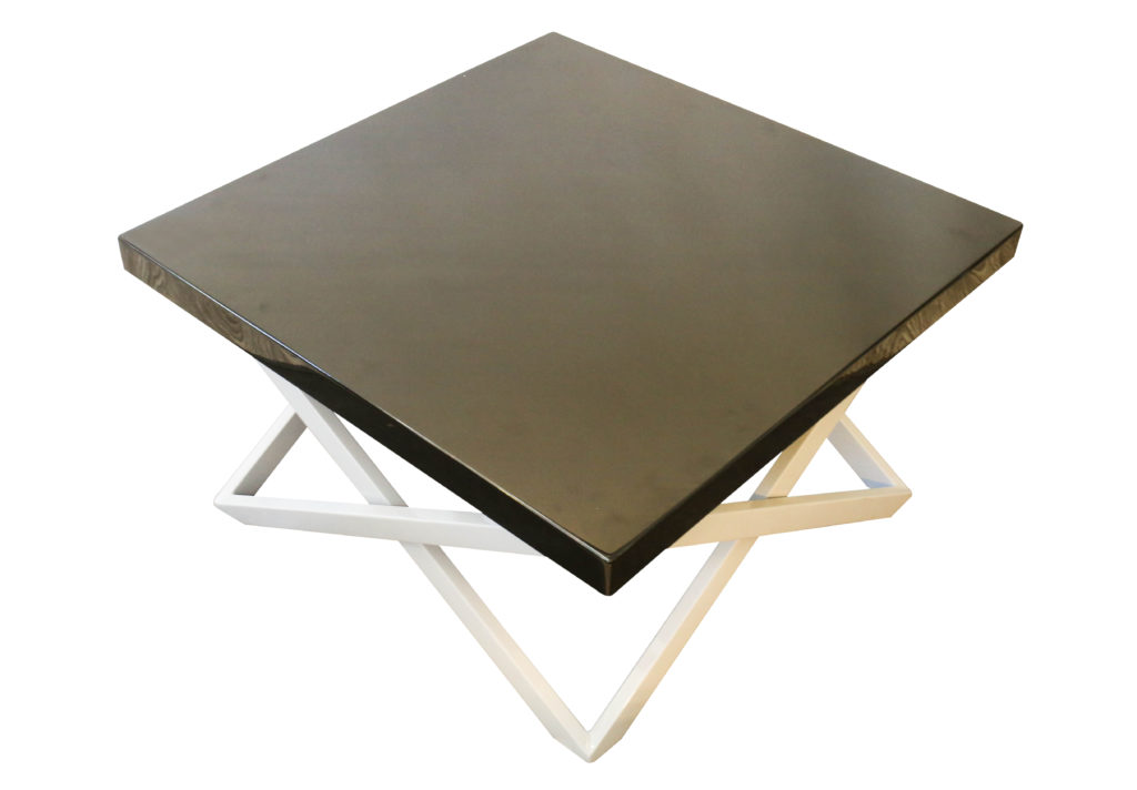 Glossy Black Coffee Table MAXK SHOP - Glossy black coffee table